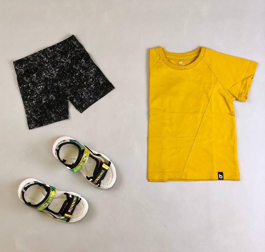 Комплект (футболка+бриджи) для девочки BODO